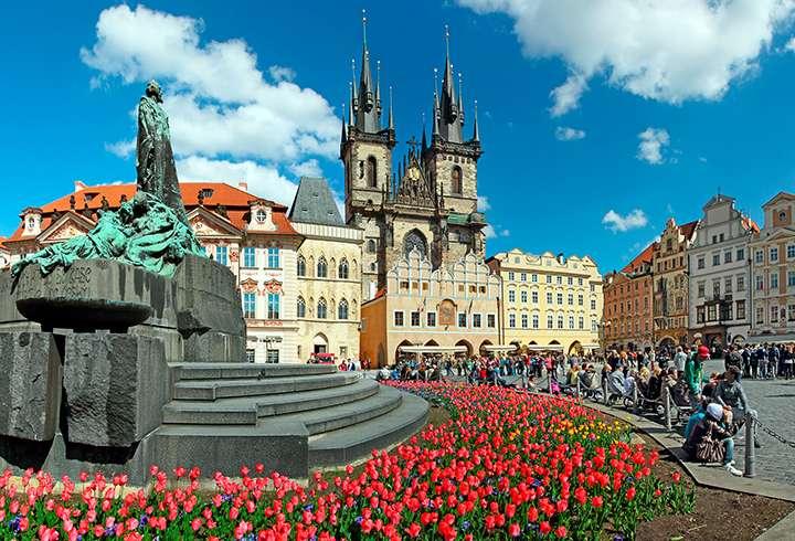Kaupunkiloma Prahaan Matkapojat